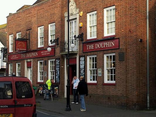 The Dolphin Hotel, 34 High St, Littlehampton, West Sussex BN17 5ED, United Kingdom