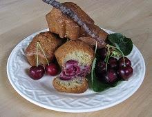 Cake à la cerise et à la pâte damande