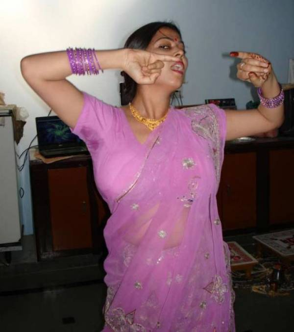 Hot Desi Aunty Armpits  Hot Actress Masala Armpits  Desi Aunty Shaved Hot Armpits -2664