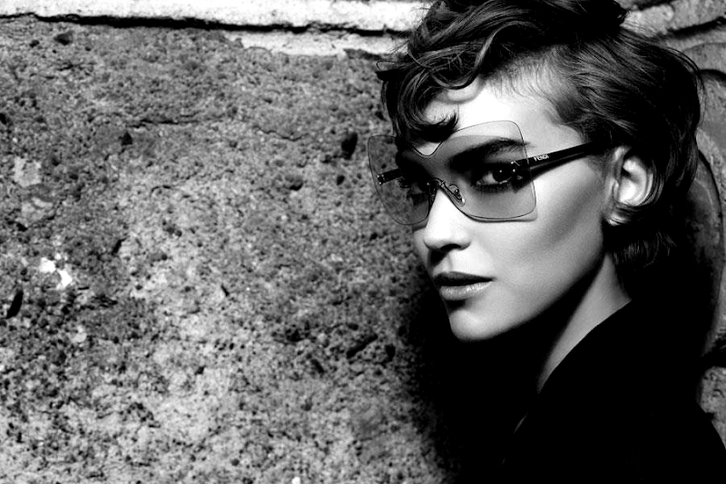 Karl Lagerfeld Arizona Muse Fendi eyewear spring-summer 2012 campaign