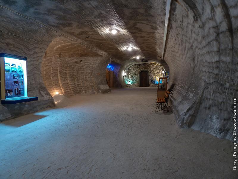Коридоры подземного музей в Соледаре