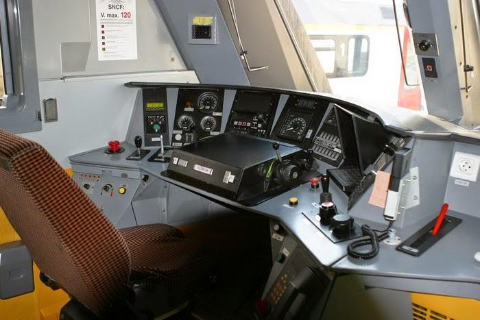 1324 Merelbeke 2004-05-01 CRW_7497.JPG