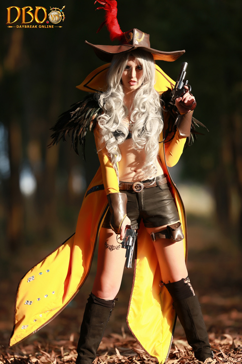 Daybreak Online tung cosplay với sự thể hiện của Andrea 2