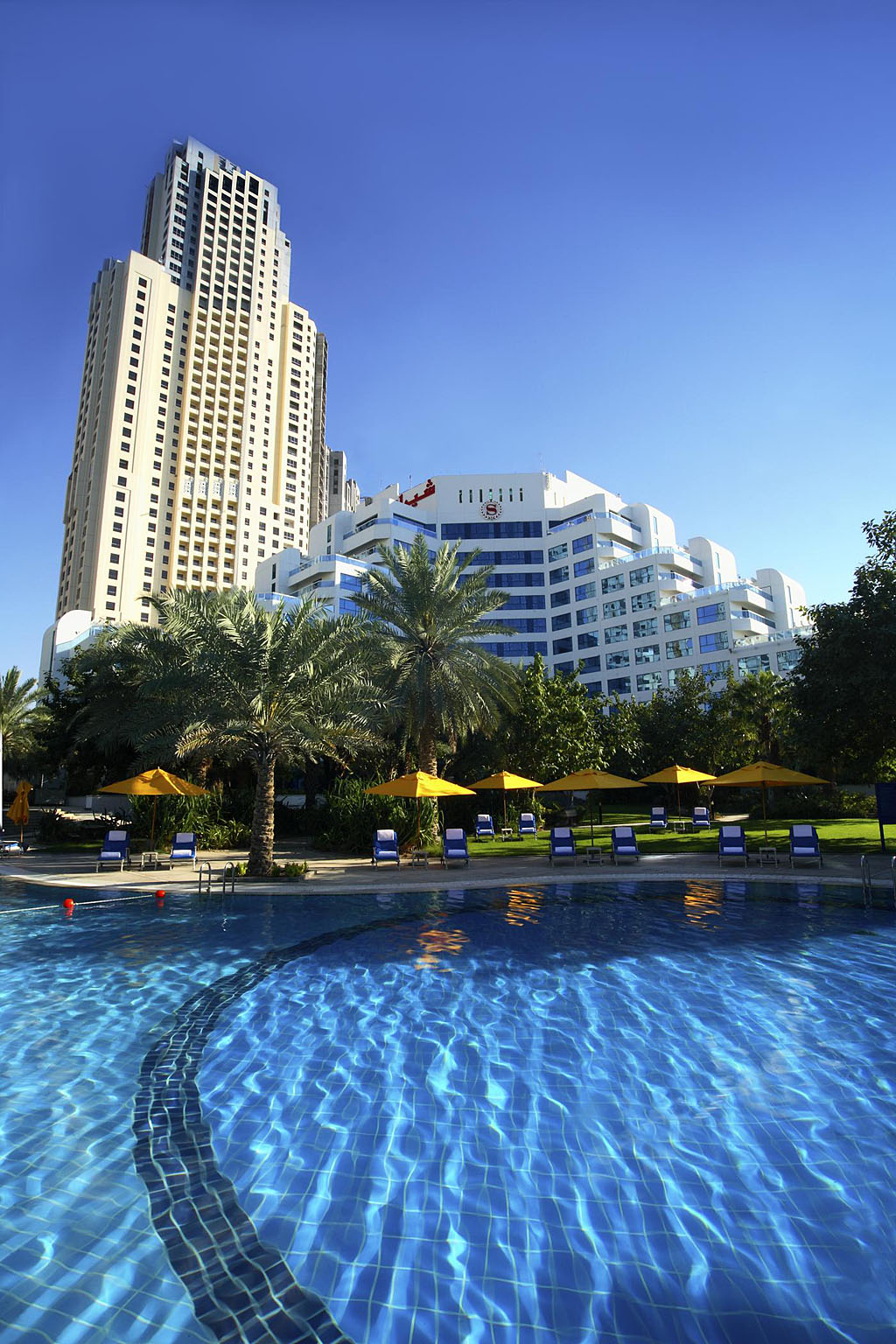 Travelers guides dubai hotels dubai accommodation for Beat hotel in dubai
