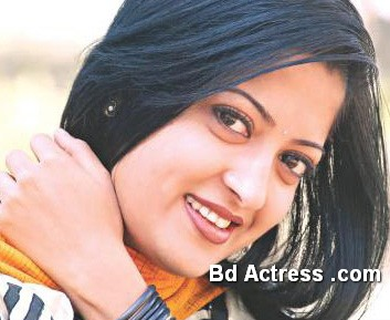 Bangladeshi Actress and Model Humaira Himu Photo
