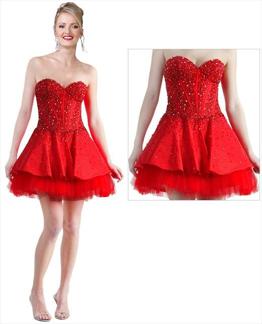 Ein kurzes rotes Kleid - oberhalb des Knies - gestickt - Schichten