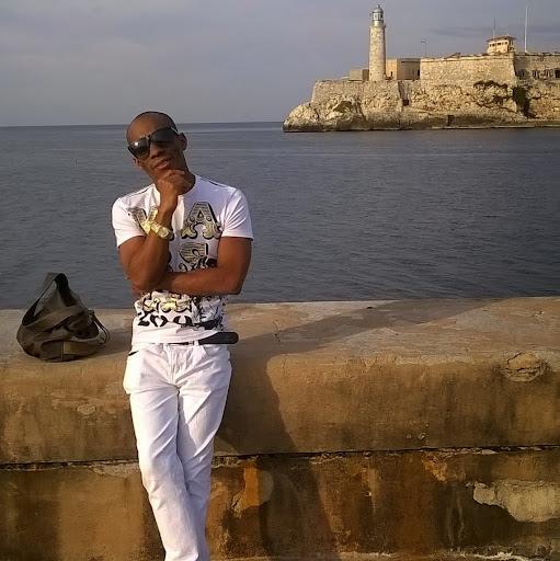 Wendy Rafael Bokly Plana Autor de Web para reservas Gratis en Hospedajes en Cuba!!