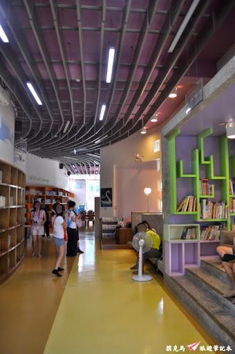 村東國小社區閱讀中心