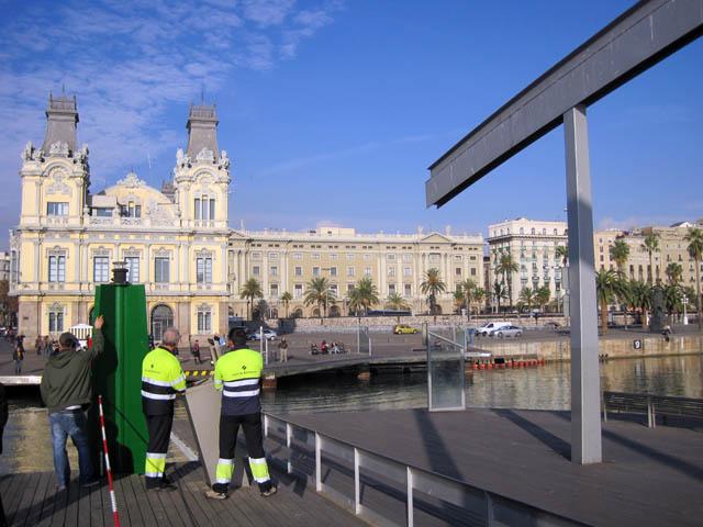 開閉式の橋@バルセロナ