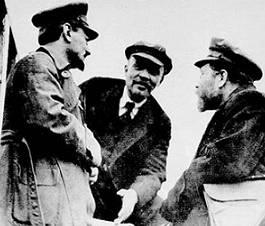 Фото: социальные паразиты - Ленин, Троцкий