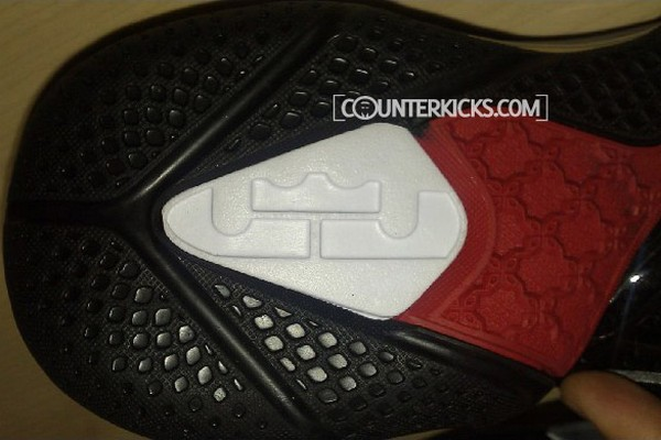 Exclusive Nike LeBron 9 Teasers including new King James logos