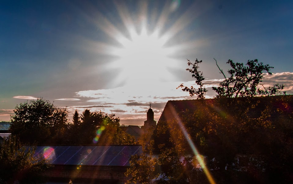 Weisse Sonne, (c) Hartmut Volze