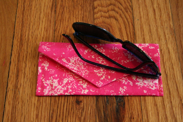 crafts for summer: envelope case for sunglasses