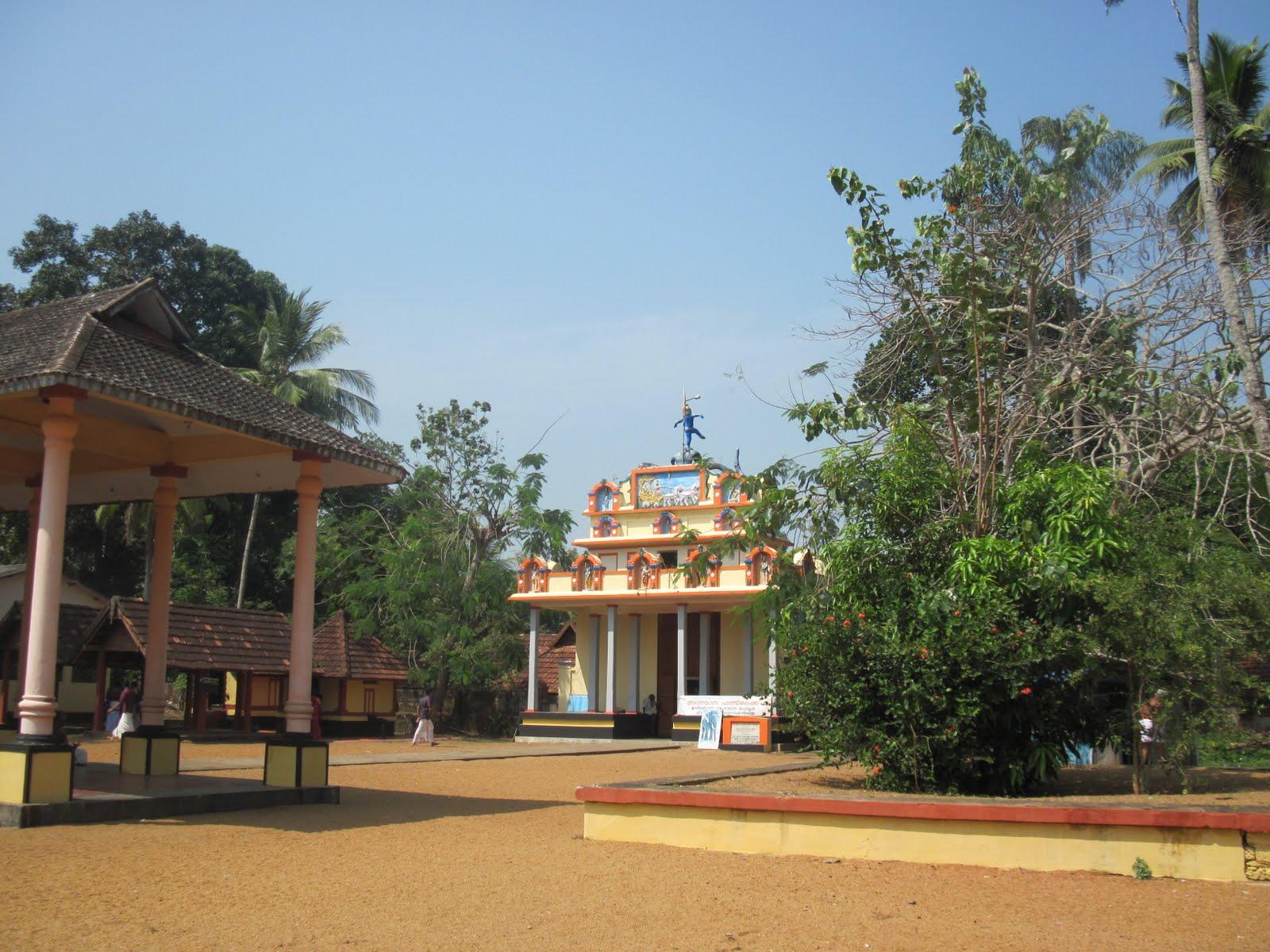 Sri Paambanaiyappa Perumal Temple (Thiruvanvandoor) Kerala - Divya Desam 91