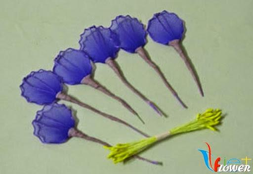Làm hoa tường vi bằng vải voan - bước 4
