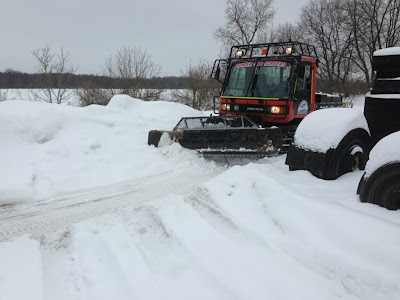 Out Grooming in the Pisten Bully 270,
