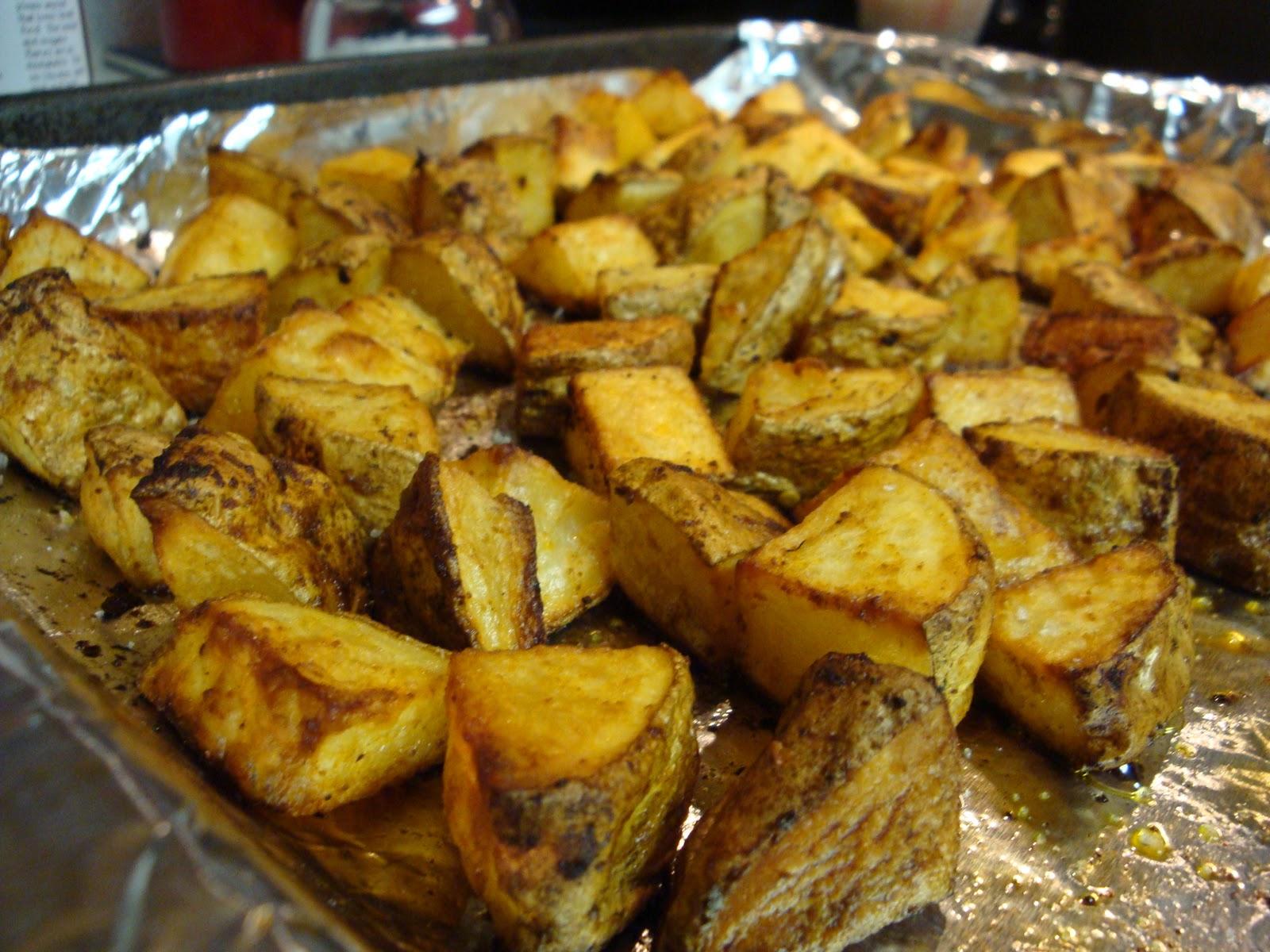 oven roasted smoked sweet paprika potatoes 2 pounds of russet potatoes ...