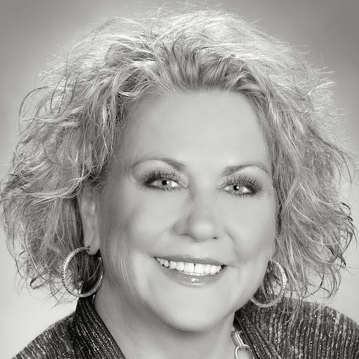 Tina Long