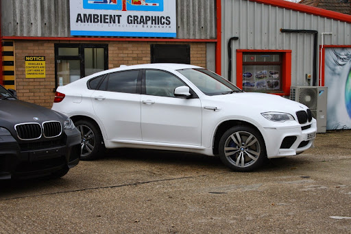 bmw x6 white color