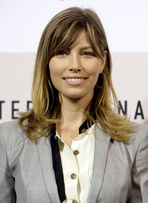 Jessica Biel – Easy Virtue Photocall during the 3rd Rome International Film Festival:celebrities0