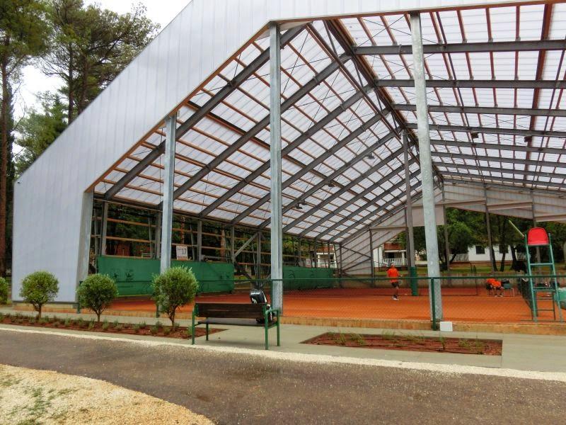 ljetno - zimska dvorana umaške teniske akademije