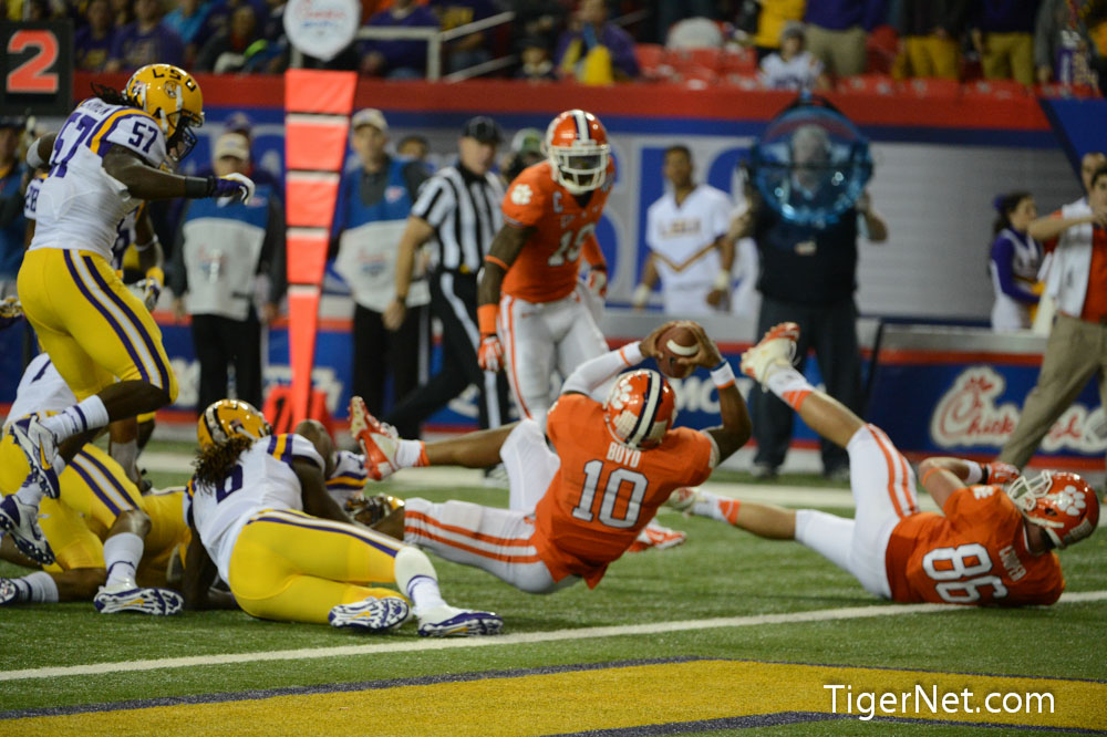 2012 Chick-Fil-A Bowl vs LSU Photos - 2012, Bowl Game, Football, LSU, Tajh Boyd