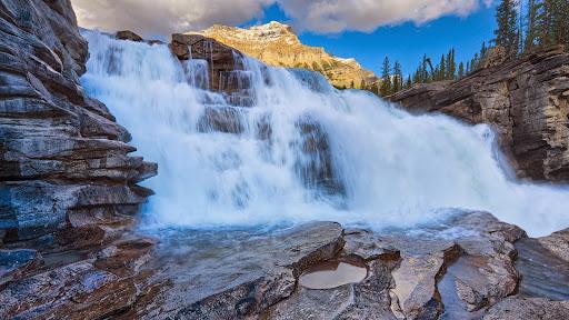 Athabasca Falls, Jasper National Park, Alberta.jpg