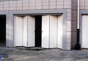 Ks services 13 devis porte de garage bouches du rh ne for Porte enrouleur garage