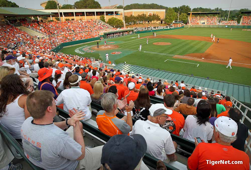 Clemson vs. Sacred Heart Photos - 2011, Baseball, Sacred Heart