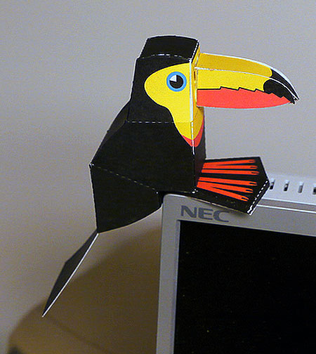 Toucan Paper Toy