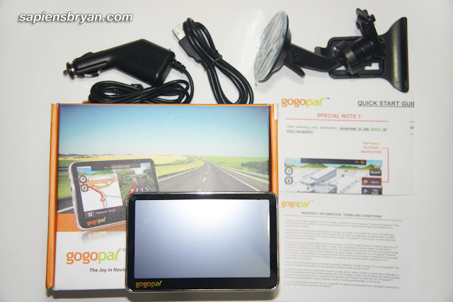 Gogopal Q4.3 GPS Navigator & the contents in the box