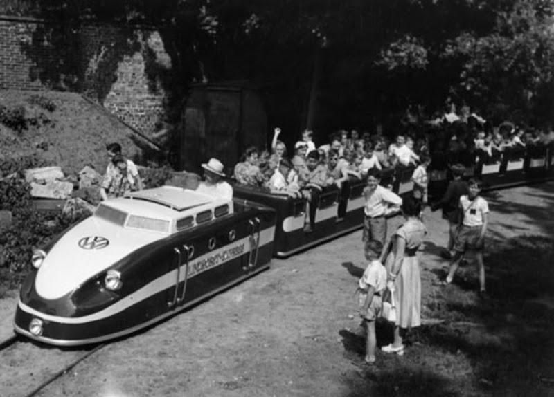 Kindereisenbahn_1958.jpg