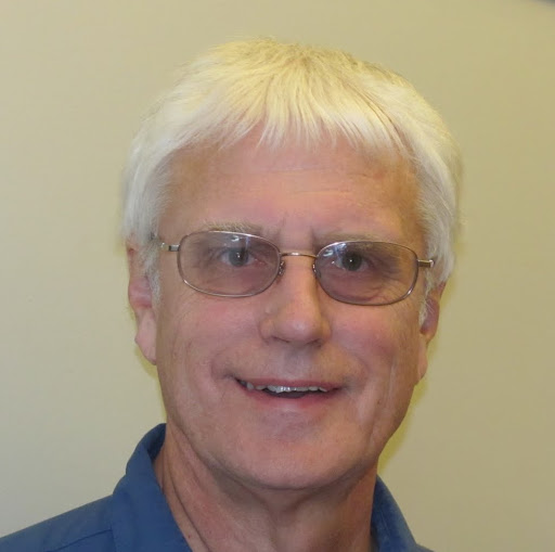 Dennis Simon