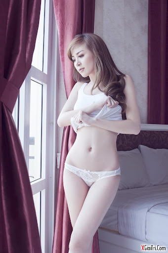 Fiona Phạm quyến rũ ngây ngất