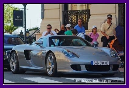 09-10-2011.083456_carrodeluxo1.jpg