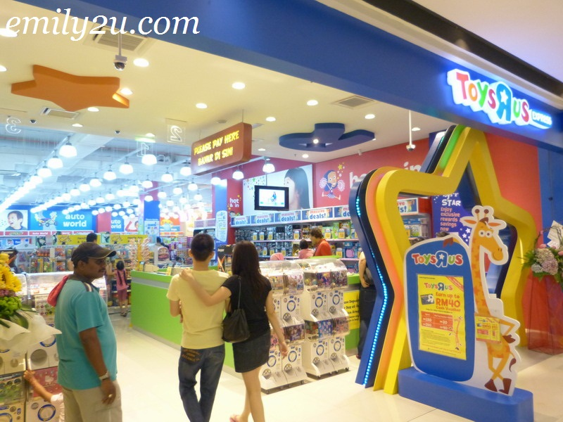Toys R Us Mall : Opening of paradigm mall kelana jaya petaling