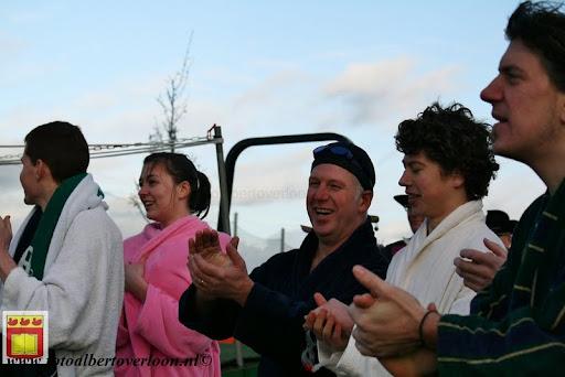 oudejaarsduik.Golfbaan overloon 30-12-2012 (30).JPG