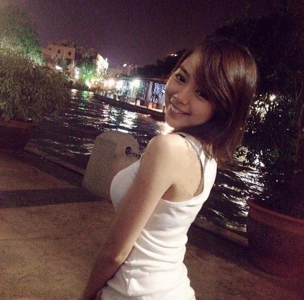 細腰+美腿+巨乳「林明禎」 網友讚極品女神 三圍 個人資料 臉書 馬國真人版娜美