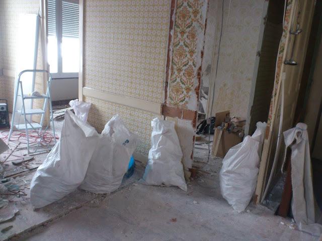 travaux semaine 3 on casse toujours d livrer des livres. Black Bedroom Furniture Sets. Home Design Ideas
