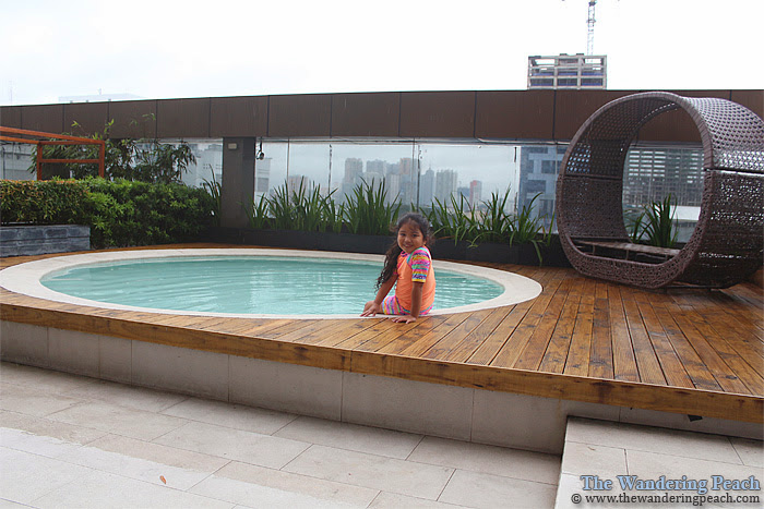F1 hotel kiddie pool