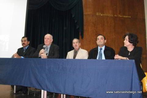 Presidium de la sesión del 27 de noviembre de 2011