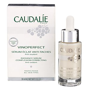 mirror reality expert grooming advice caudalie vinoperfect radiance serum mirror reality. Black Bedroom Furniture Sets. Home Design Ideas