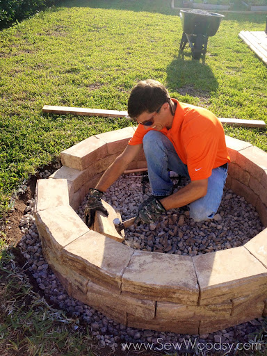 {How to Build} Outdoor Fire Pit via SewWoodsy.com for @Homes.com #diy #outdoor #video