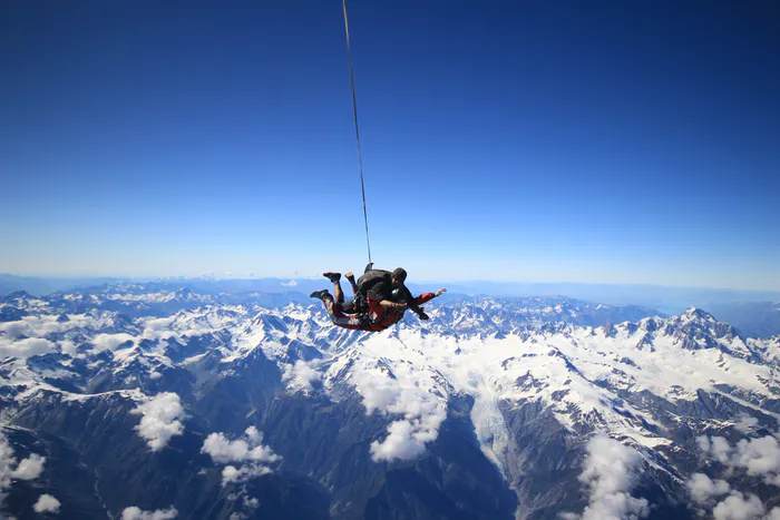 The Best Spots to Skydive in New Zealand