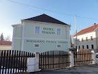 Hotel Myslivna - Ostrov nad Ohří