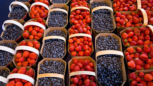 Blueberries and Strawberries at Market.jpg