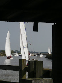 Yare Navigation Race through Reedham Swingbridge