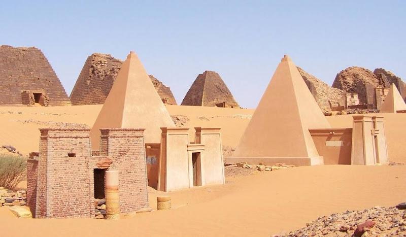 السودان Pyramids.jpg