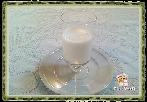 Calda de leite de coco