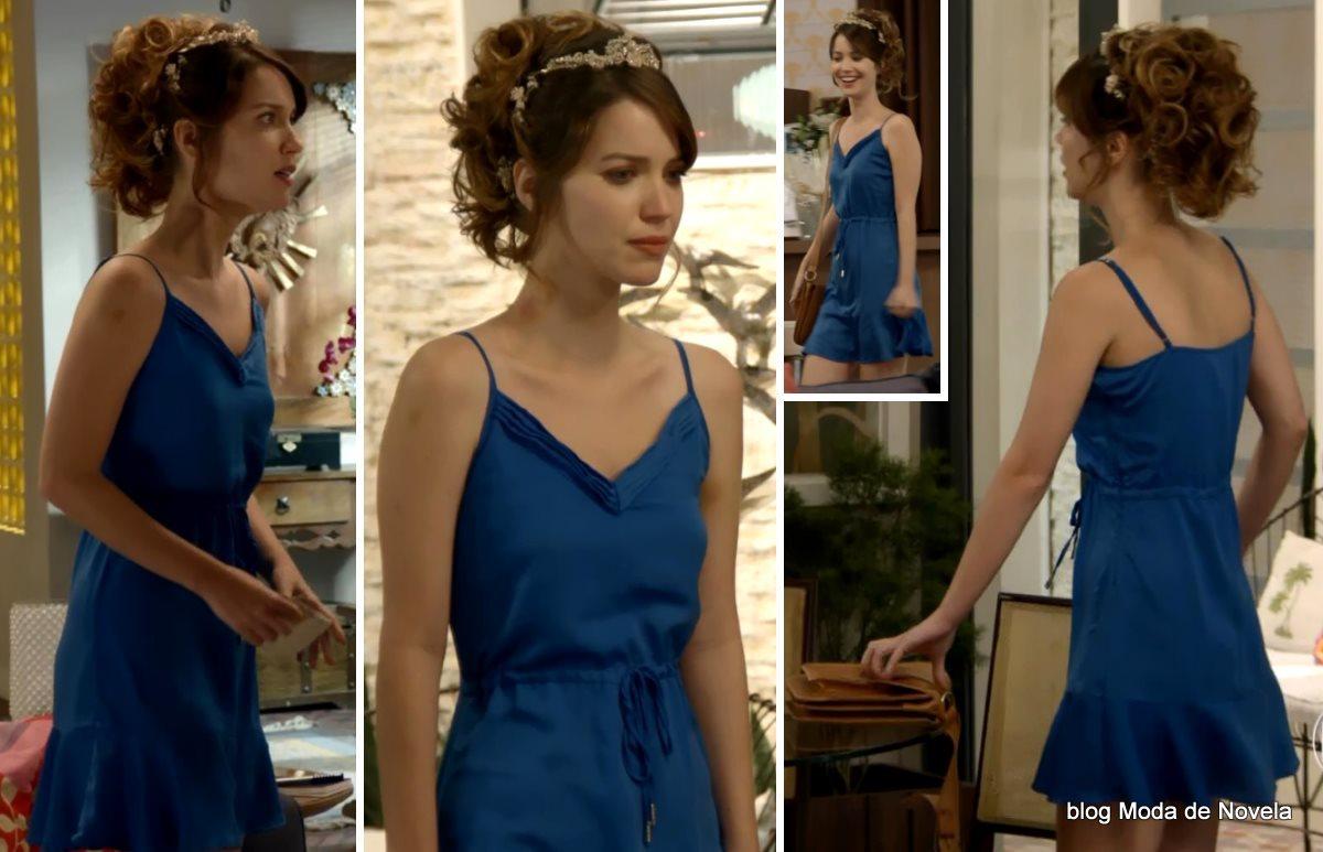 moda da novela Alto Astral, look da Laura dia 25 de novembro